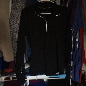 New Small Black Nike half zip